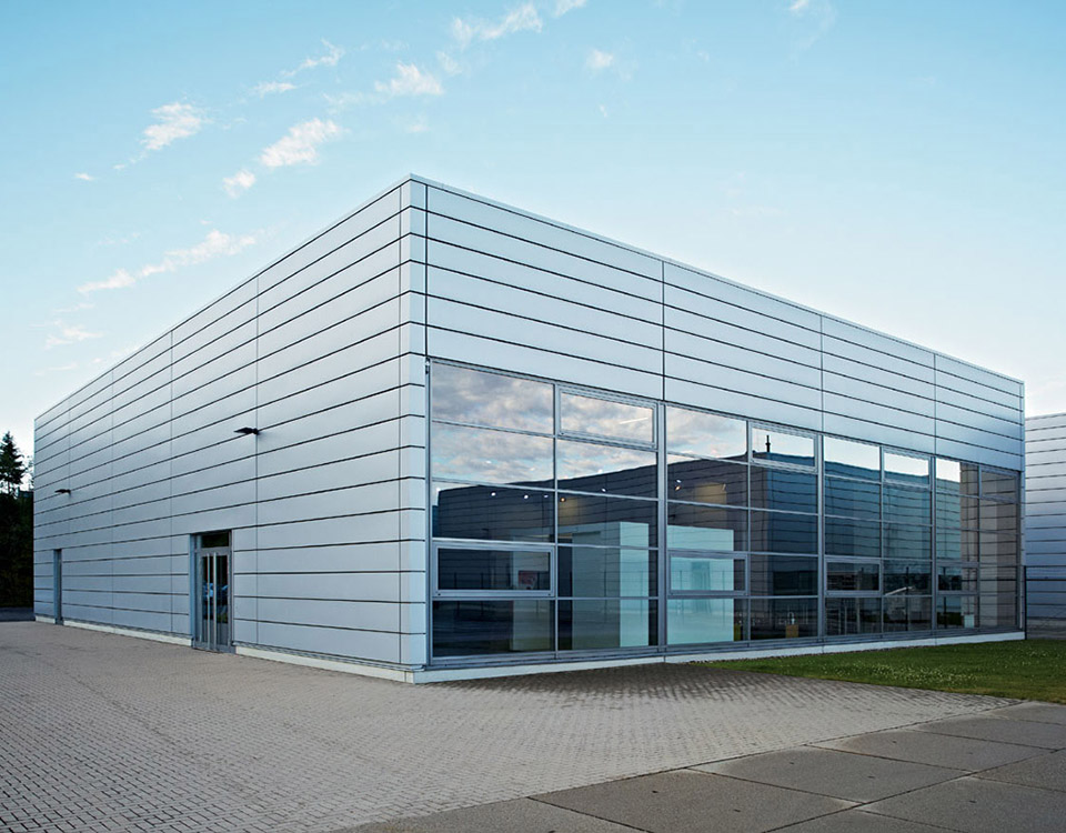Dornbracht Iserlohn specialist services steadway project cost management in germany