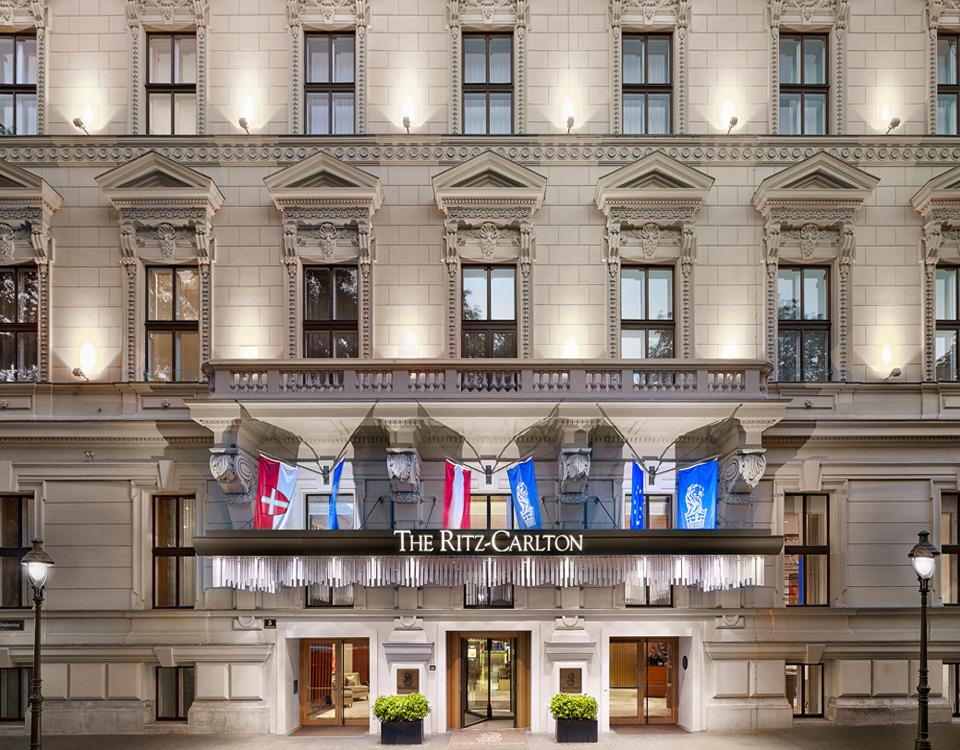 Ritz Carlton Hotel [© Matthew Shaw]
